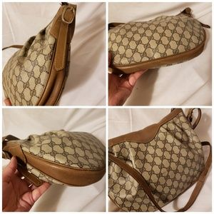 Gucci Bags - Gucci authentic vintage large  crossbody